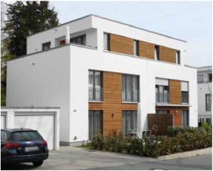 Flachdächer sind modern und bringen gegenüber dem Steildach manche Vorteile.
