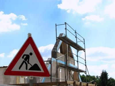 Vor dem Start der Baustelle lohnt es sich nachzurechnen Foto: Rainer Sturm - www.pixelio.de